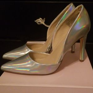 Iridescent Pumps